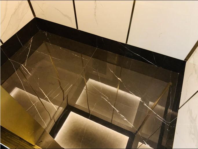 Sử dụng đá ốp sàn thang máy có nhiều ưu điểm nổi trội